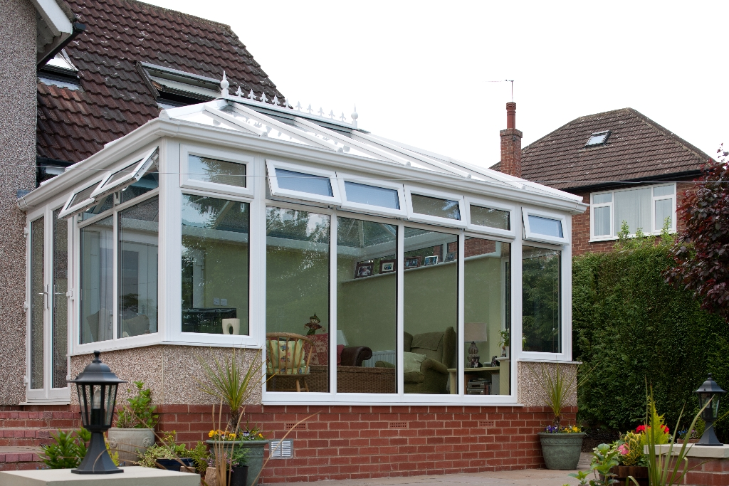 Double hipped conservatory for Double hip roof design