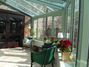 Lean to chartwell green