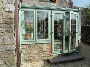 Lean to Chartwell green outside